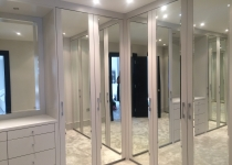 Fitted wardrobe doors with mirrors
