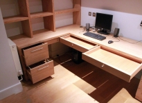 fitted_home_office_furniture