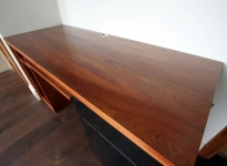 sapele_fitted_home_office_desk