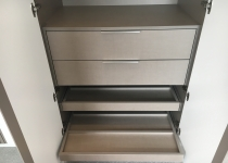 Fitted wardrobes shelves