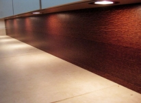 wood_staining_and_spraying